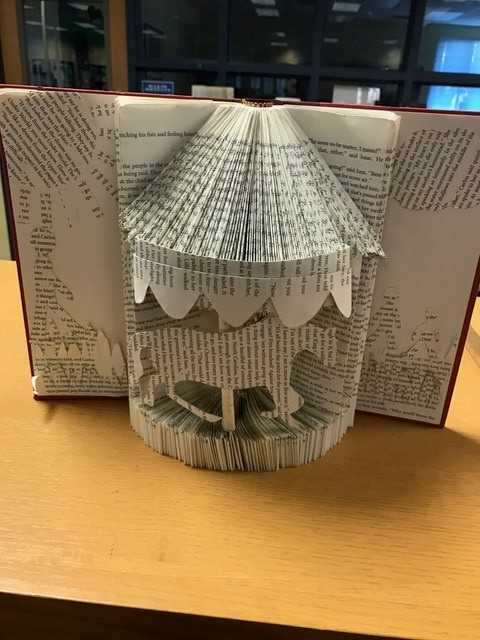 book art carousel